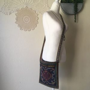 Embroidered Shipibo Peruvian festival boho bag